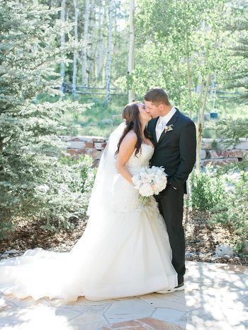 34 Kiss2 Silverthorne Colorado Wedding A Vintage Affair Via MountainsideBride.com .