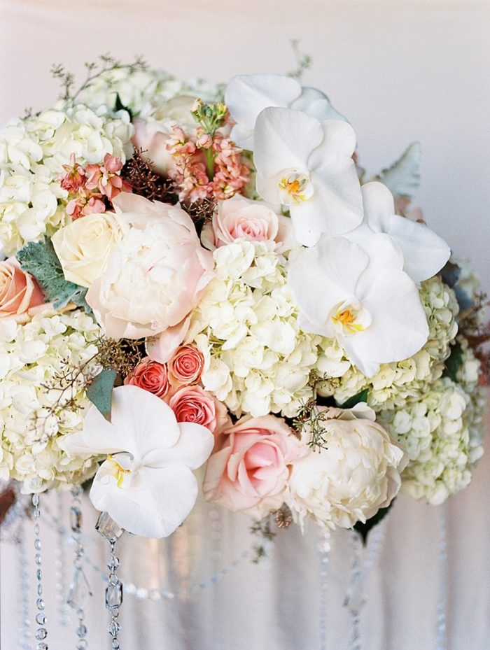 5 Centerpiece3 Silverthorne Colorado Wedding A Vintage Affair Via MountainsideBride.com