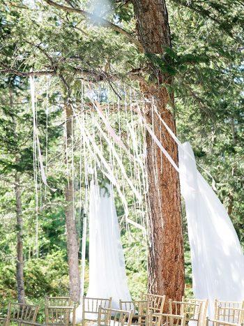 7 Drapery Silverthorne Colorado Wedding A Vintage Affair Via MountainsideBride.com