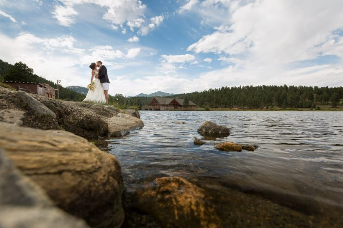 15 Colorado Lake House Wedding Inspiration Bergreen Photography Via MountainsideBride.com