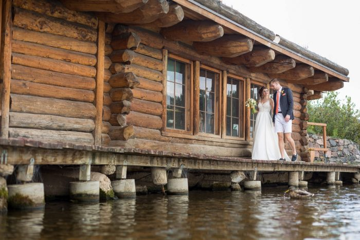 18 Colorado Lake House Wedding Inspiration Bergreen Photography Via MountainsideBride.com