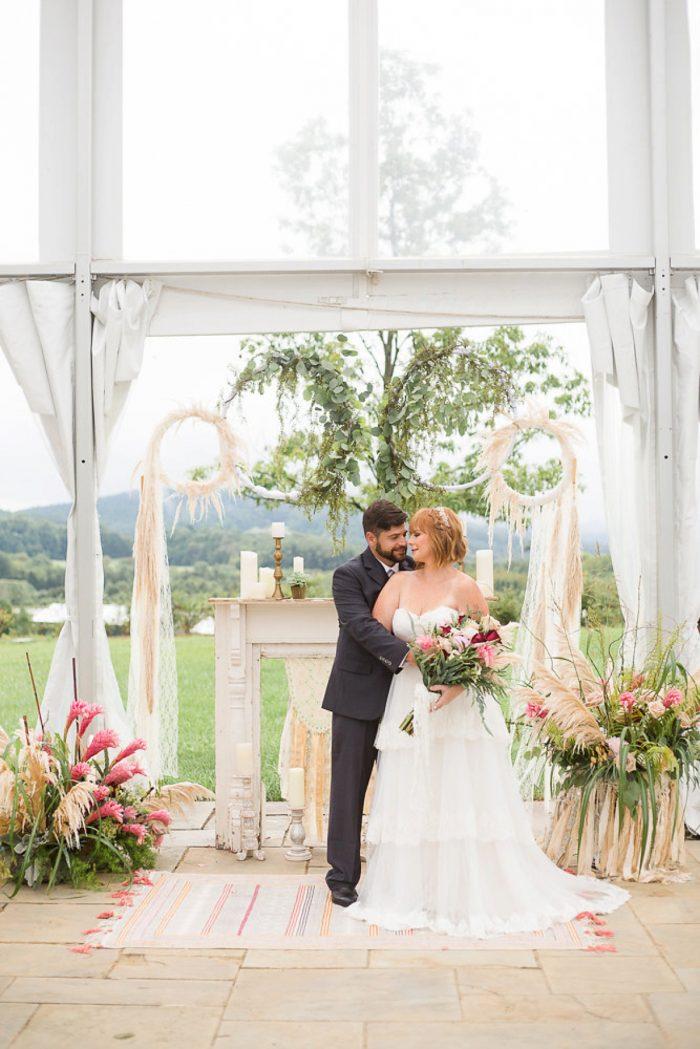 13 Blue Ridge Virginia Wedding Inspration Your Story Film Via MountainsideBride.com
