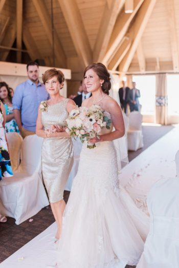 11 Timberline Lodge Oregon Susie And Will Photography Via MountainsideBride.com
