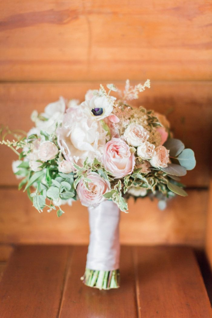 16 Timberline Lodge Oregon Susie And Will Photography Via MountainsideBride.com