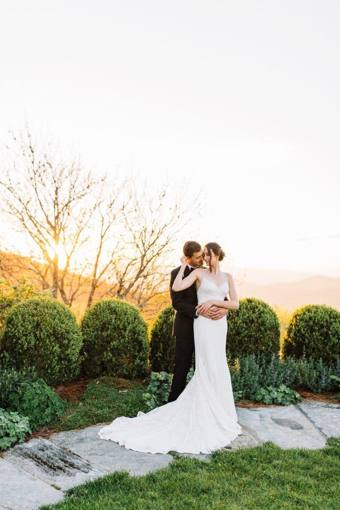 17 Highlands NC Estate Wedding Miranda Grey Weddings Via MountainsideBride.com