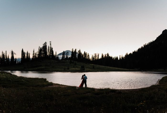 17 Mount Rainier Engagement Washington National Park The Foxes Photography Via MountainsideBride.com