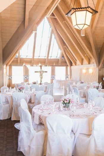 18 Timberline Lodge Oregon Susie And Will Photography Via MountainsideBride.com