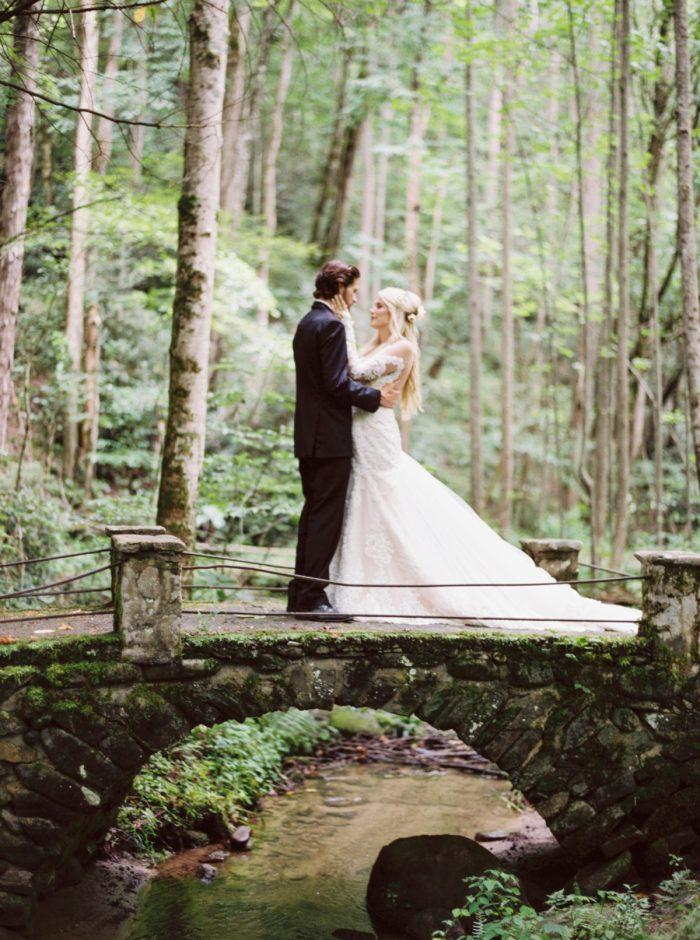 20 Roan Mountain Wedding JoPhotos Via Mountainsidebride.com