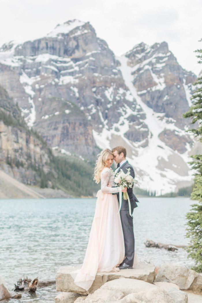 21 Banff Anniversay Ashley Tyler Anniversary KIR2BEN Via MountainsideBride.com