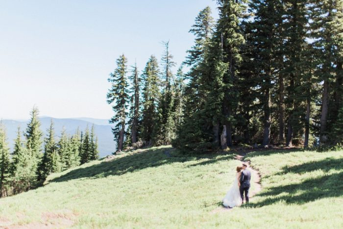 24 Timberline Lodge Oregon Susie And Will Photography Via MountainsideBride.com