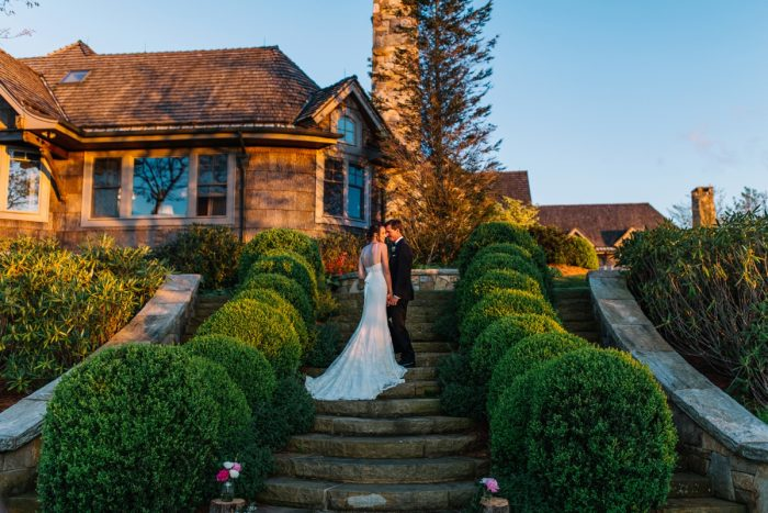 26 Highlands NC Estate Wedding Miranda Grey Weddings Via MountainsideBride.com