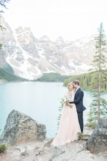 5 Banff Anniversay Ashley Tyler Anniversary KIR2BEN Via MountainsideBride.com