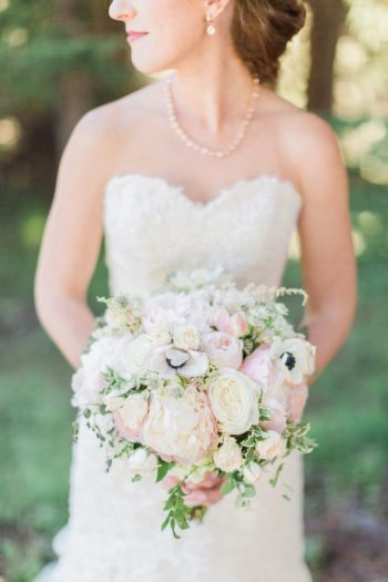 5 Timberline Lodge Oregon Susie And Will Photography Via MountainsideBride.com