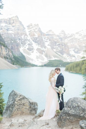 7 Banff Anniversay Ashley Tyler Anniversary KIR2BEN Via MountainsideBride.com