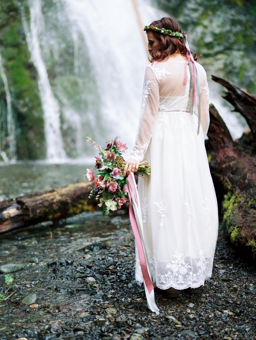 John Muir Inspired Wedding Ideas Alexandra Knight Photography Via MountainsideBride.com 0009