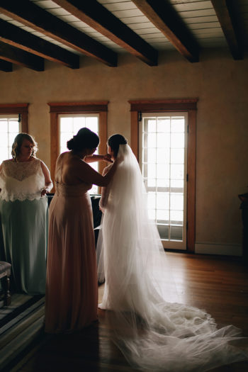A Springtime Mountaintop Wedding In Tennessee Photography Anthology18
