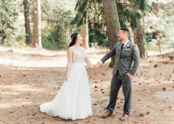 A Warm Homestead Wedding In Washington Something Minted Photography11