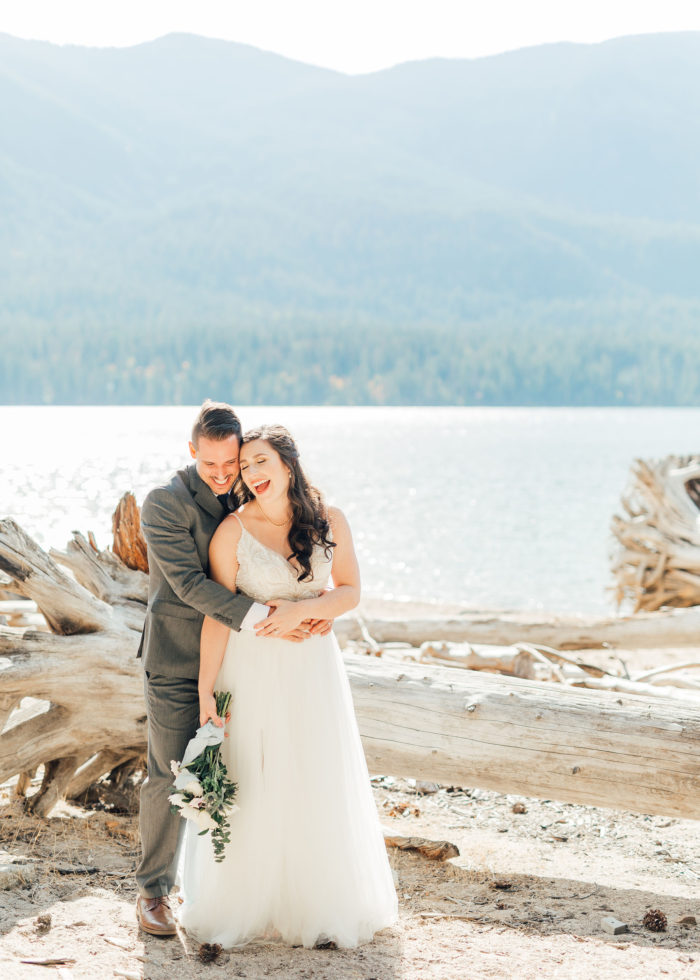 A Warm Homestead Wedding In Washington Something Minted Photography14