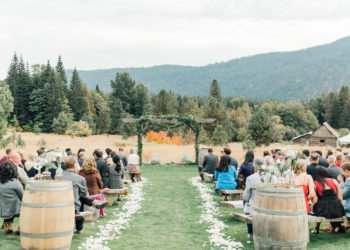 A Warm Homestead Wedding In Washington Something Minted Photography26