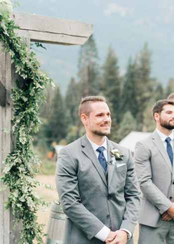 A Warm Homestead Wedding In Washington Something Minted Photography28