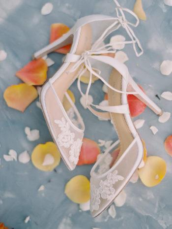 Romantic Smith Rock Bridal Shoot KT Crabb Photography26